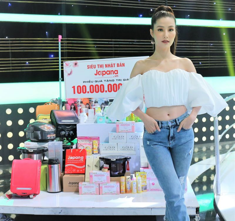 Người mẫu - Diễn viên Diễm My 9x rất tin dùng sản phẩm của Siêu Thị Nhật Bản Japana