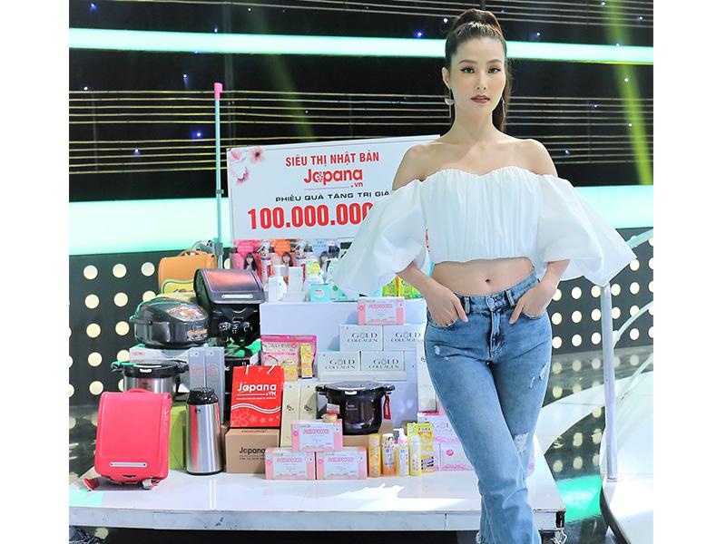 Siêu Thị Nhật Bản là địa chỉ mua sắm yêu thích của diễn viên, người mẫu Diễm My 9x