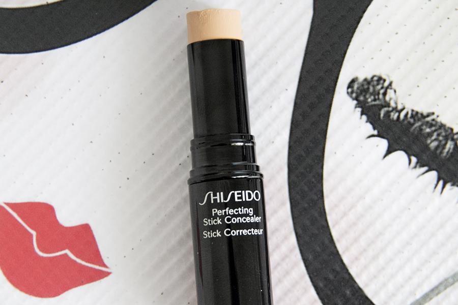 Phấn che khuyết điểm dạng thỏi Shiseido Perfecting Stick Concealer