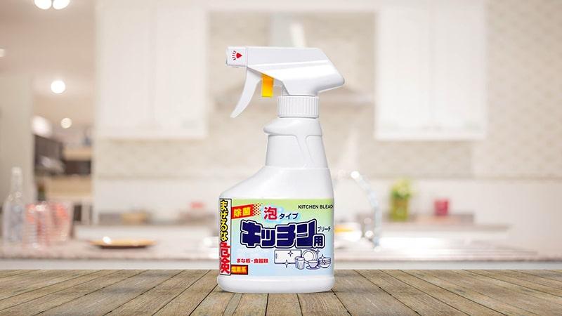 Chai xịt tẩy rửa đồ dùng nhà bếp Rocket Nhật Bản 300ml