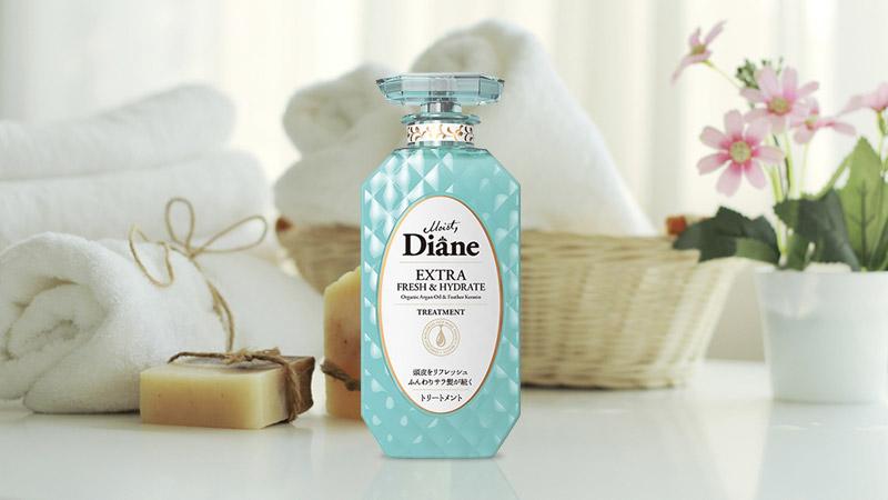 Dầu xả kiểm soát dầu Moist Diane Extra Fresh & Hydrate 450ml