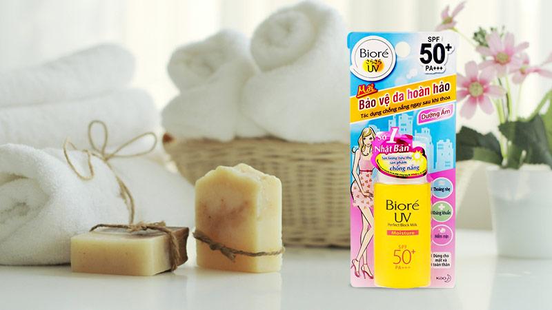 Sữa chống nắng dưỡng ẩm Bioré UV Perfect Protect Milk Moisture SPF 50+ PA+++  25ml