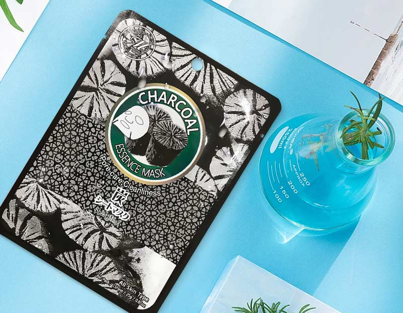 Mặt nạ than tre Mitomo Natural Charcoal Pore Care Cleanliness 1 miếng