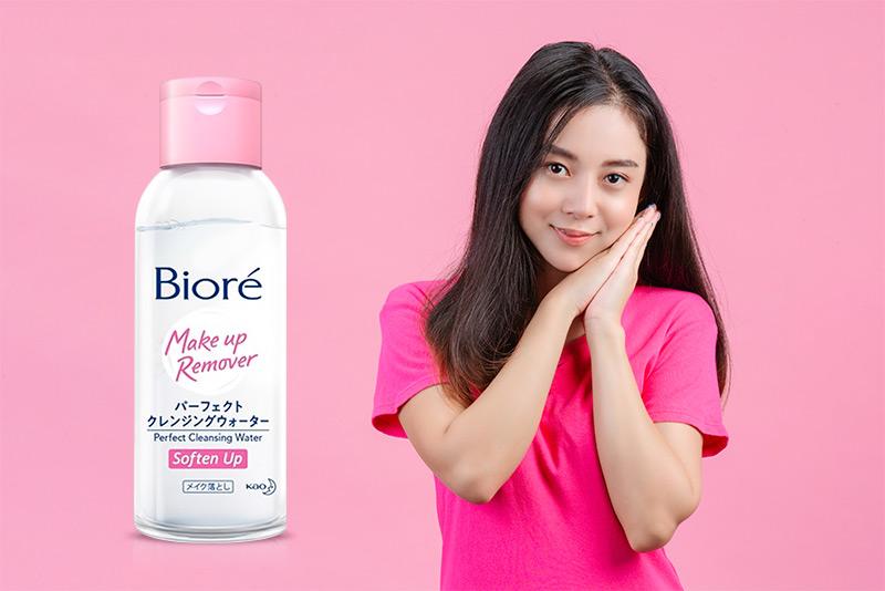 Nước tẩy trang cho da thường và da khô Bioré Perfect Cleansing Water Soften  Up 90ml