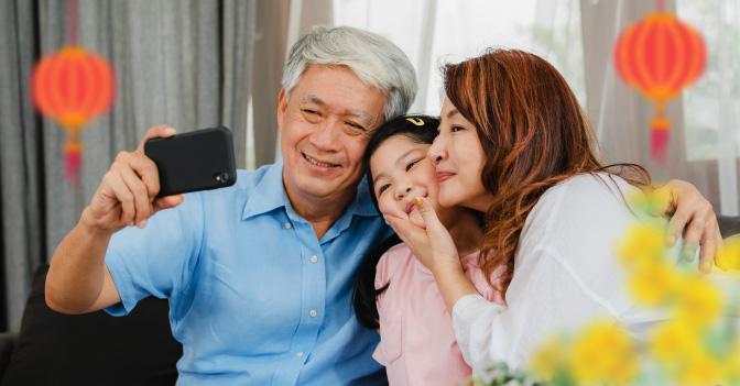 Gợi ý 7 món quà Tết sức khỏe tặng ông bà, cha mẹ