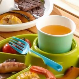 Khay ăn 3 ngăn Nhật Bản Inomata (Màu xanh lá)